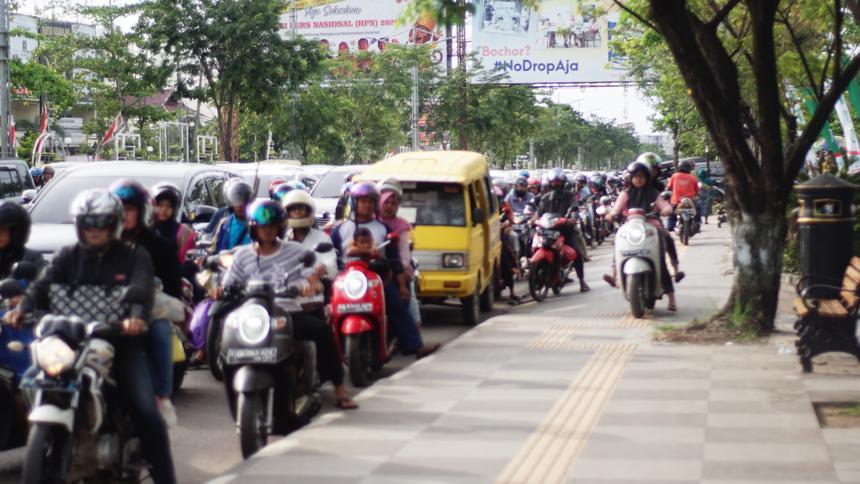 Pelanggaran di Jalur Pdestrian